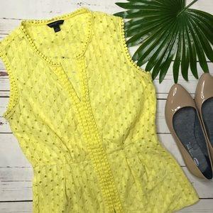 {Banana Republic} sz 6 yellow eyelet blouse